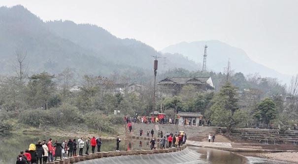四川眉山洪雅旅遊創新模式受遊客熱捧